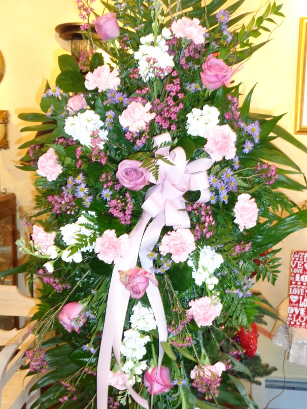 Benefits of buying flowers online funeral