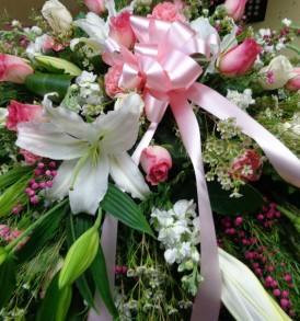 Pink roses with white lilies